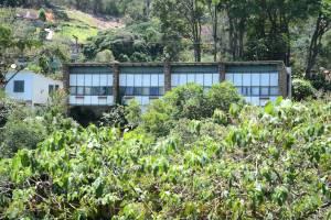 Detalhe da Fachada voltada para o Rio Piabanha.