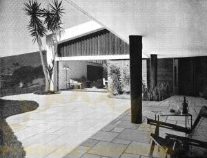 Varanda Coberta, ao fundo, acesso a Sala.