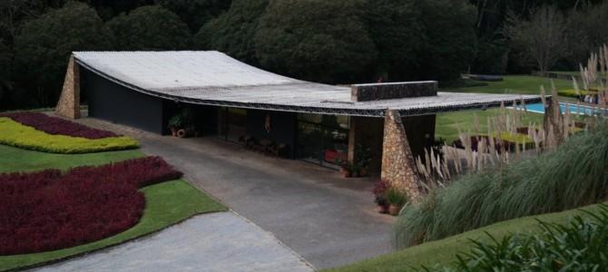 Residência Edmundo Cavanelas – Arq. Oscar Niemeyer